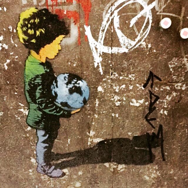Streetart boy Barcelona 2015 Johanna Voll